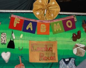 Atelier de création pour enfants avec des matériaux recyclés